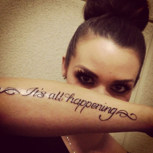 Scheana marie shows off new tattoo according 2 mandy for Inflictions tattoo covina ca