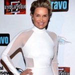Yolanda Foster Hadid Goes To Twitter To Raise Money For Her Friend