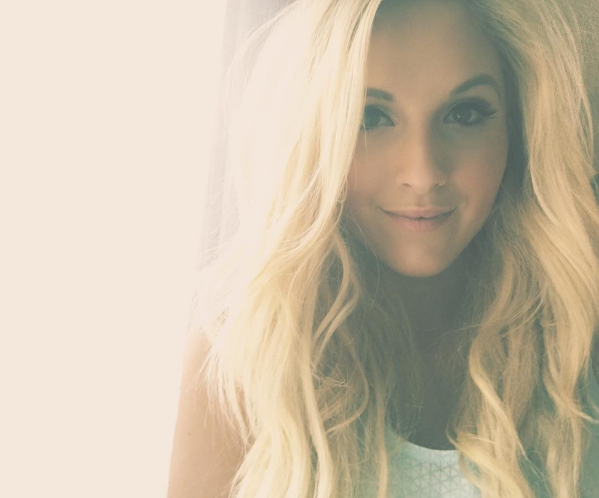 Exclusive Interview: Country Star Jessie Chris Talks About Music, Bullying and Her Future