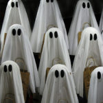 Don't Miss These Spooky Halloween Stories For Your Grade School Kid