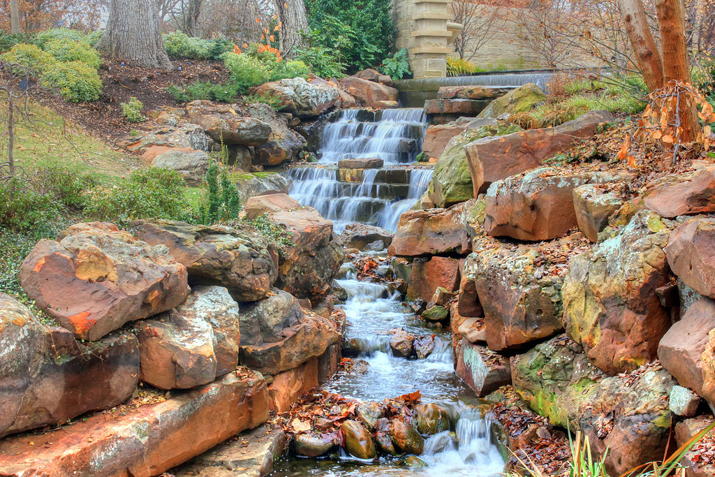 A Magical Arboretum In Word Pictures: Review of The Dallas Arboretum and Botanical Garden