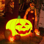 Make Your Own Halloween Yard Decorations