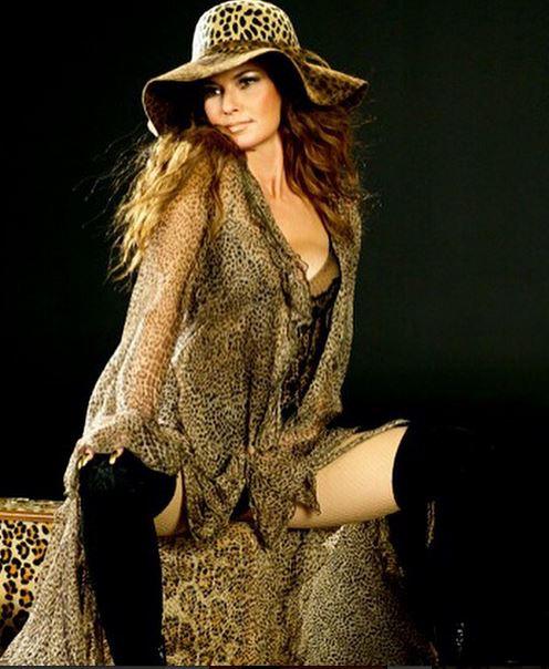 Shania Twain Ex According 2 Mandy
