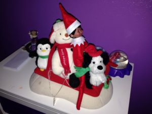 Cute Elf on a Shelf Ideas for Your House (Photos)
