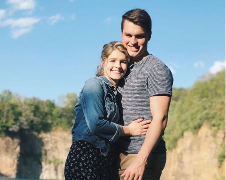 Josie Bates Announces Big Engagement!